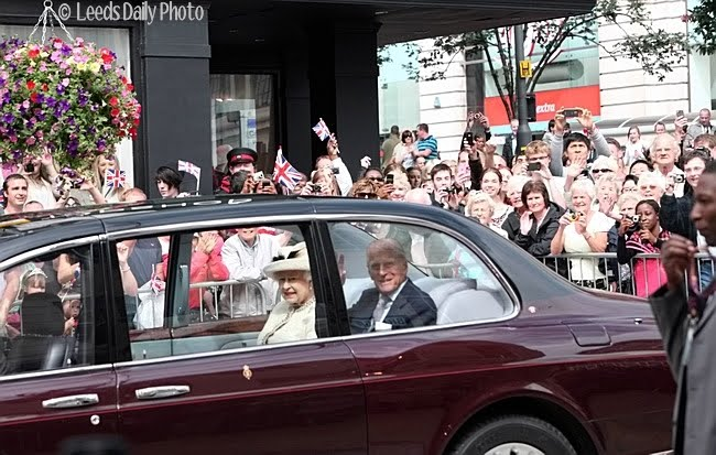 Queen Visits Leeds