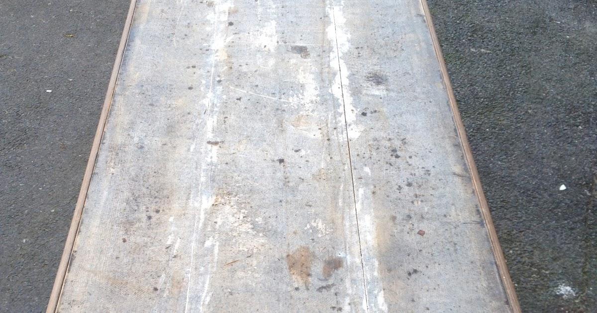 Recouvrir table basse zinc for Recouvrir une table de zinc