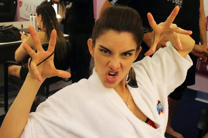 un alma libre.: Las mejores fotos de Korina Rivadeneira en Combate