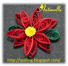 Lovely Quilled Poinsettia from Antonella at www.quilling.blogspot.com  #Quilled #Quilling #Poinsettia #Christmas
