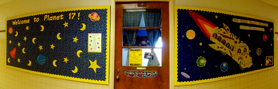 Decorating A Space Themed Classroom ~ Space themed classrooms virtual vacation clutter free