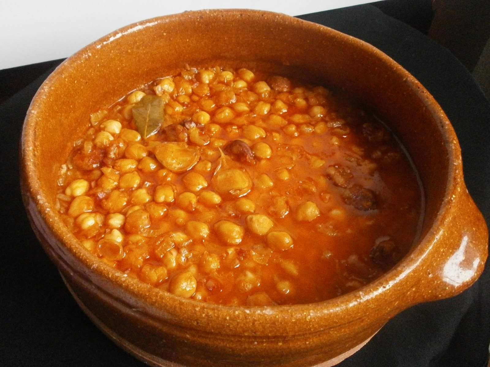 Tximitxurri garbanzos con chorizo y jamon for Cocinar garbanzos con chorizo