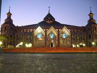 Masjid Modern Al Markaz Al Islami, Makasar