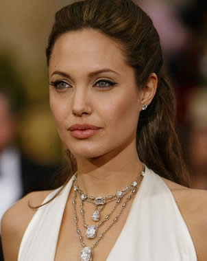Angelina Jolie will be the new face for Louis Vuitton