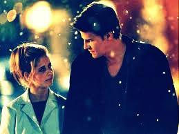 caigo en el abismo de tus ojos en la altura de tu mirada al compás del tiempo sin el y para tí