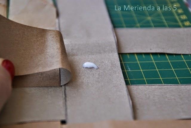 cesta de papel reciclado by La Merienda a las 5
