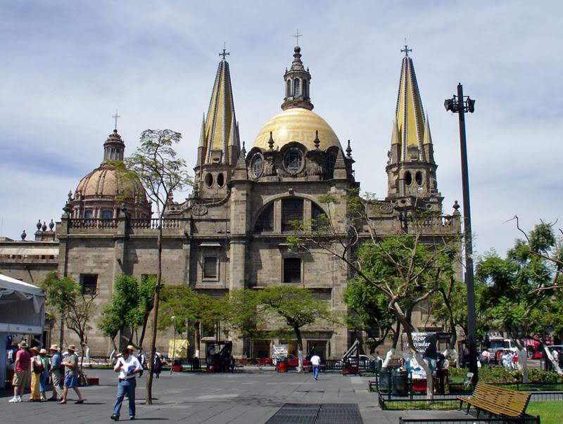 Guadalajara Mexico  city images : Guadalajara, es mayoritariamente católica y sus abundantes iglesias ...
