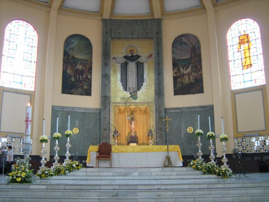 Altar of Sto. Domingo Church