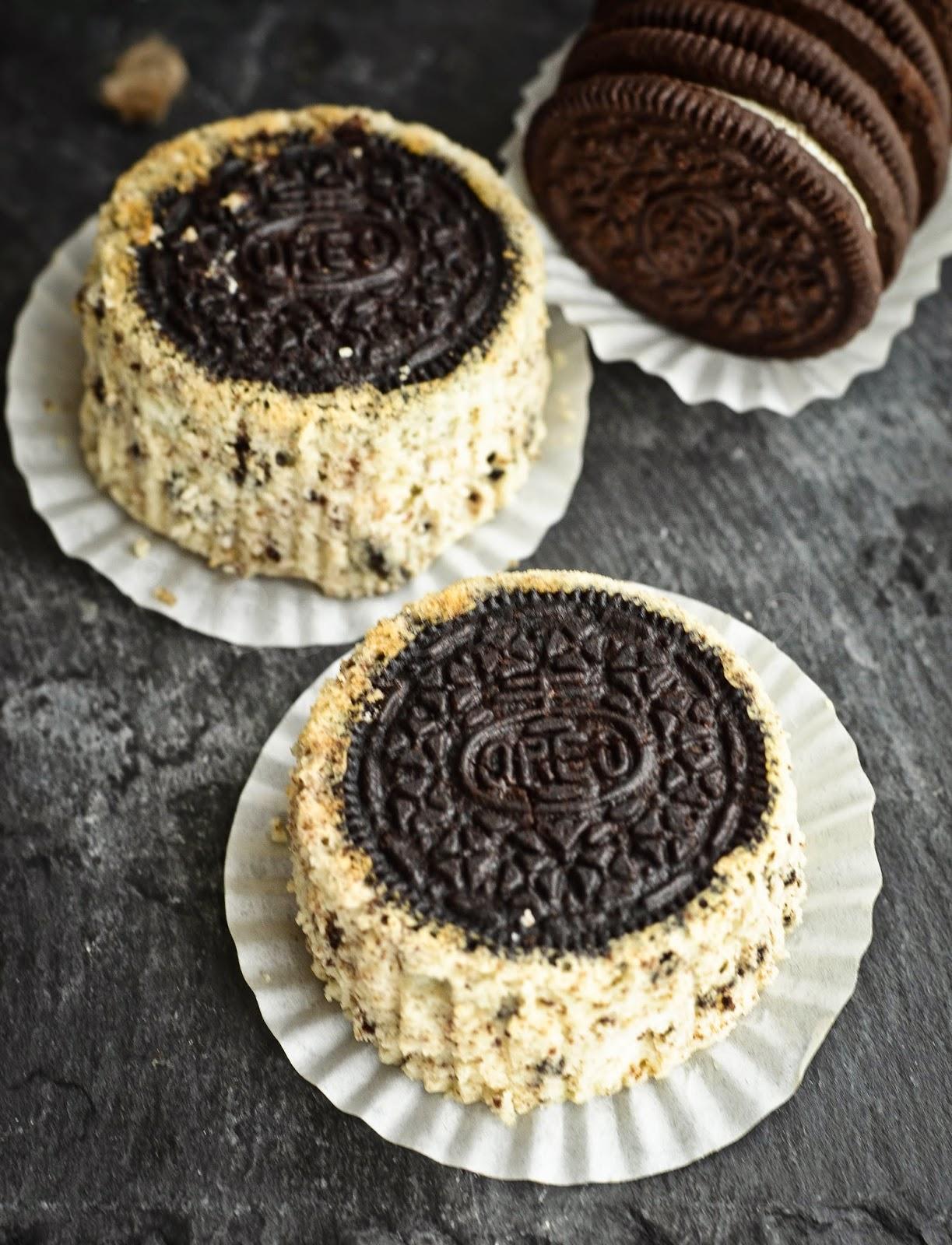 Oreo Upside Down Mini Cheesecake