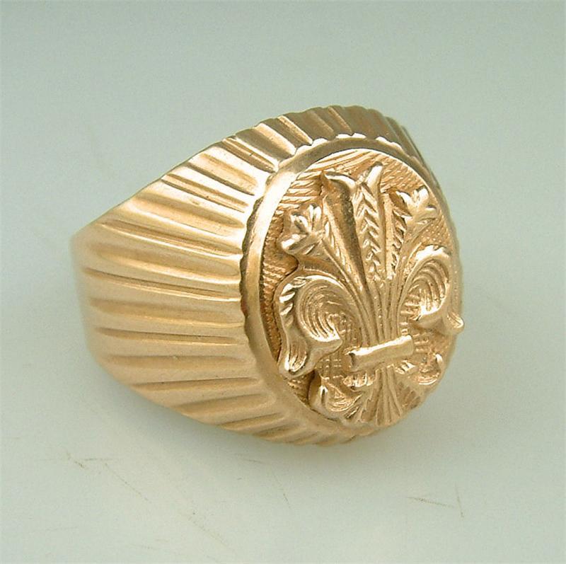 10k gold oval signet ring and vintage 14k