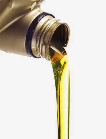 Seperti yang kita ketahui oli mesin sebagai pelumas untuk setiap bagian-bagian yang ada di dalam mesin.