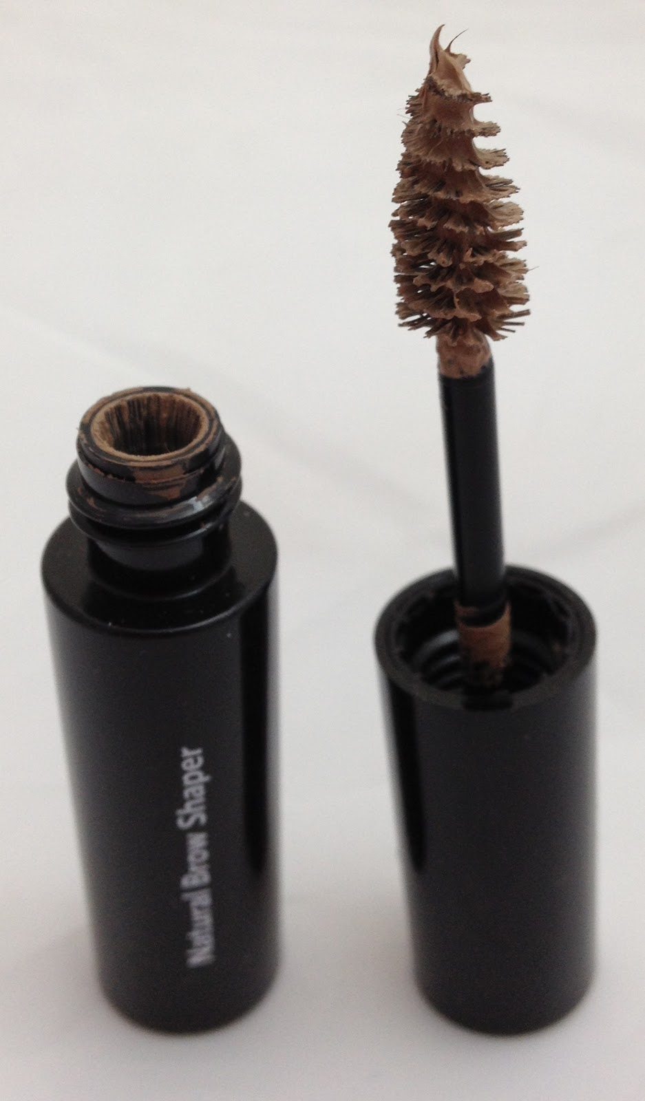 Bobbi Brown Natural Brow Shaper And Hair Touch Up In Blonde Beauty Geek Uk