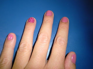 pintando mis uñas vol.1