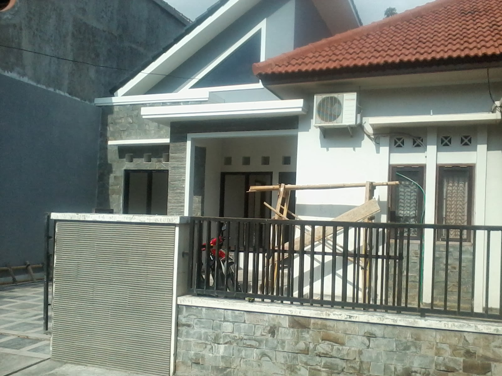 Desain Rumah Desa