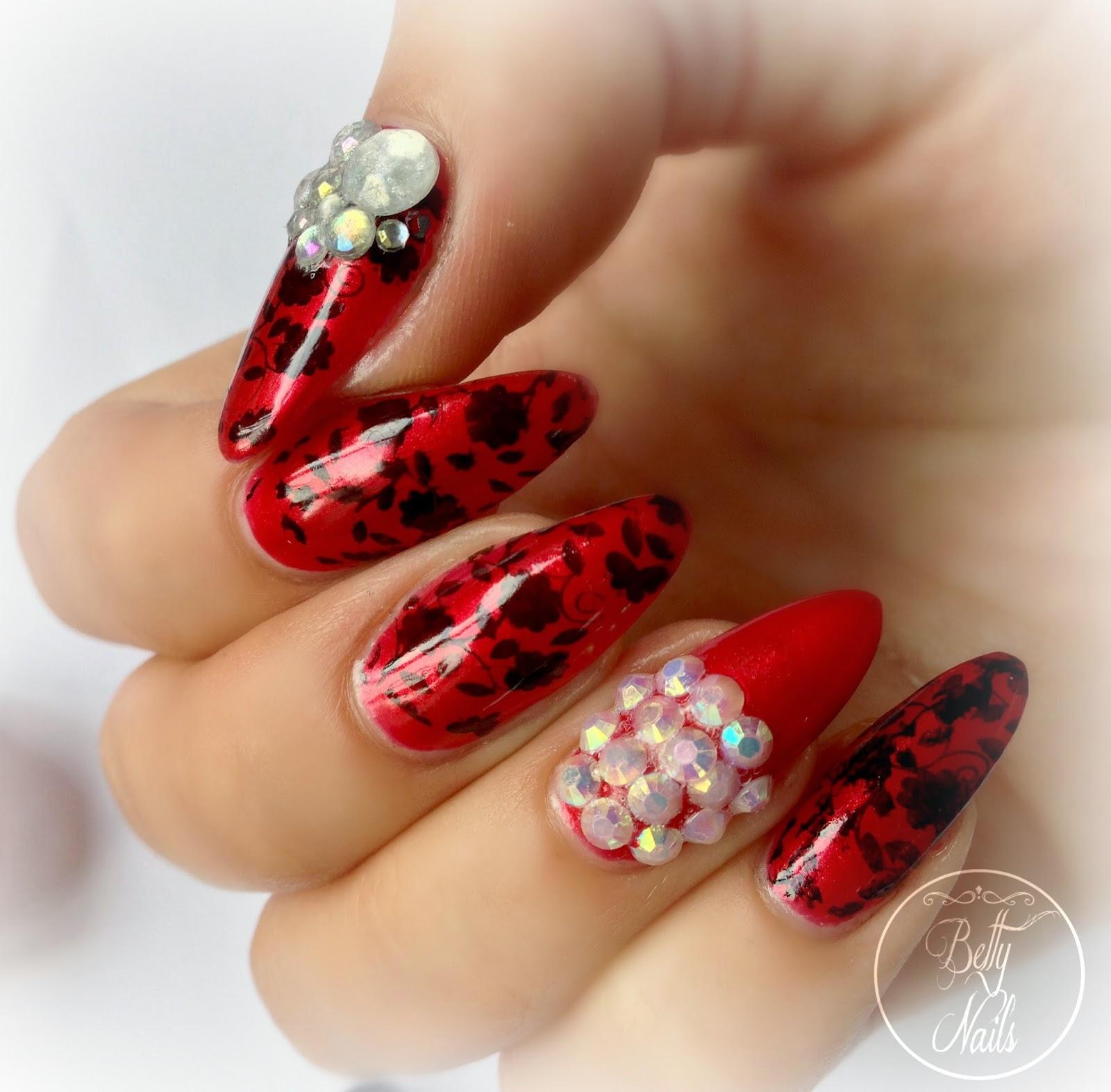 Kinetics - Iceland Poppy Bling Nailart   Betty Nails   Bloglovin\'