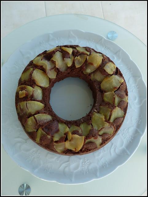 Cake au chocolat et pommes de Cyril Lignac