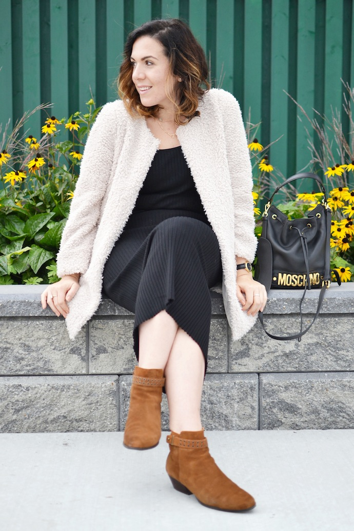 70s chic Le Chateau midi dress suede ankle boots and Aritzia faux shearling jacket Vancouver blogger ootd