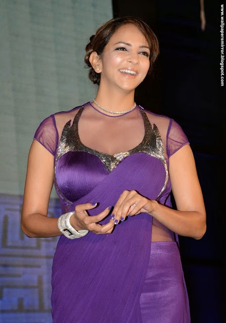 Manchu Lakshmi latest unseen hot Stills