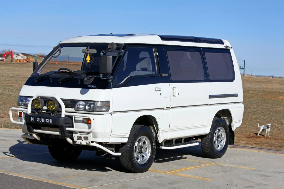 1990 mitsubishi delica 4x4 jdm camper van for sale. Black Bedroom Furniture Sets. Home Design Ideas