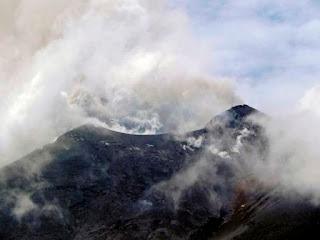 soputan eruption