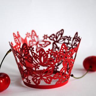 PolkaDot cupcake wrapper vermelho renda a laser