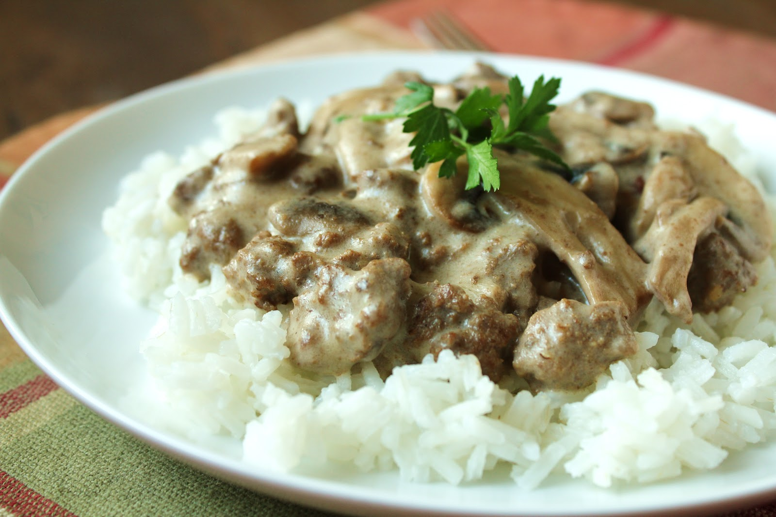 Delicious as it Looks: Easy Ground Beef Stroganoff