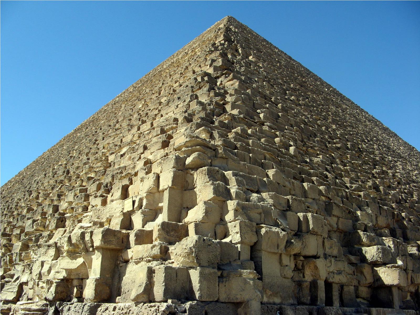 http://2.bp.blogspot.com/-iCWiAr6R1-M/TsUNN4PaJwI/AAAAAAAAFKg/BMxQI2bLwQ8/s1600/egypt+unique+wallpapers.jpg
