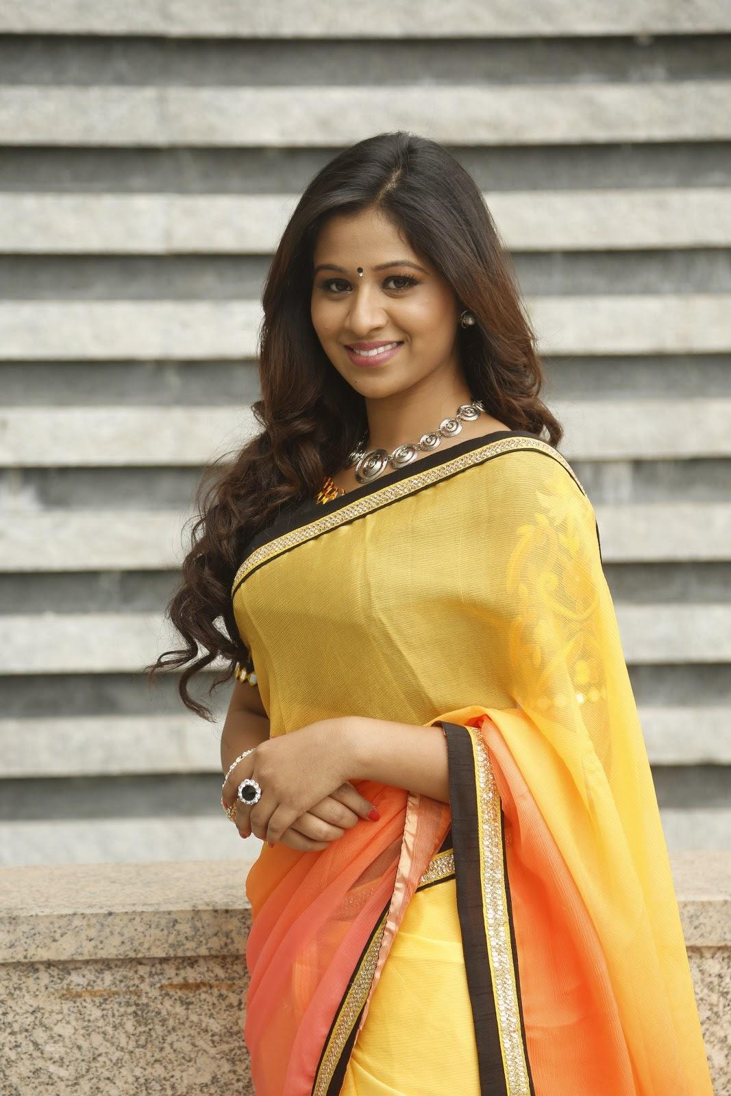 Manali Rathod latest glamorous photos-HQ-Photo-10