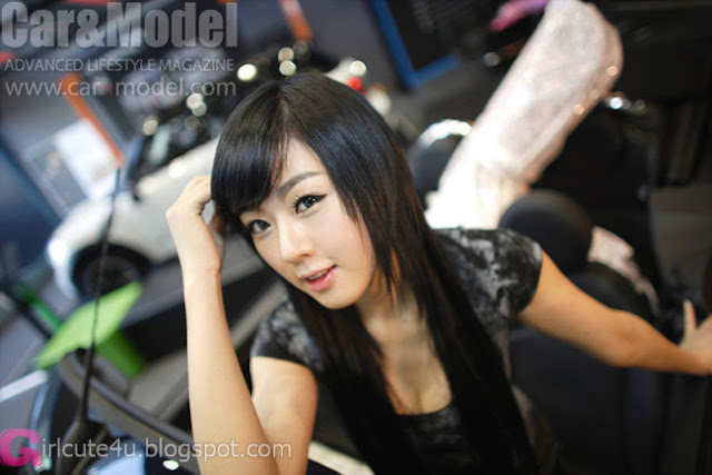 2 Hwang Mi Hee and Mini-very cute asian girl-girlcute4u.blogspot.com