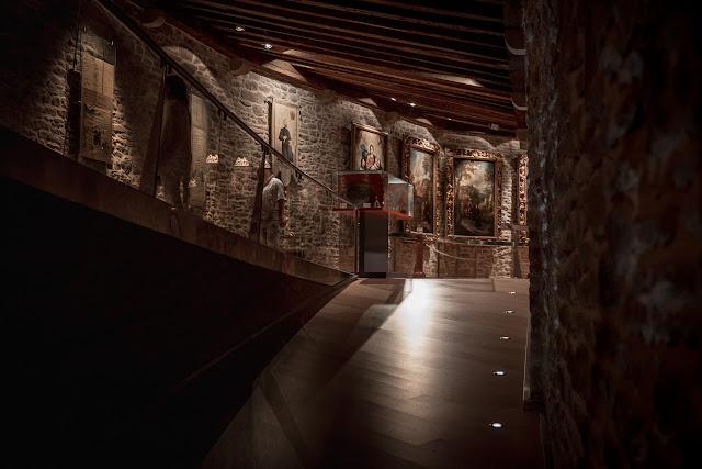 Museo, interior del castillo :: Canon EOS5D MkIII | ISO1600 | Canon 24-105 @45mm | f/4.0 | 1/15s