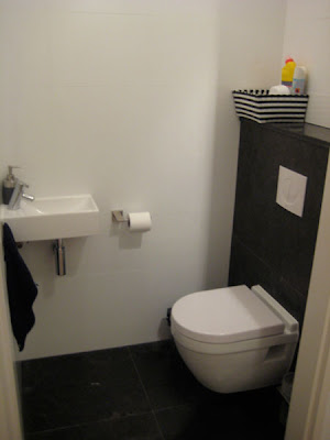 huis interieur wc ontwerp toilet ontwerp. Black Bedroom Furniture Sets. Home Design Ideas