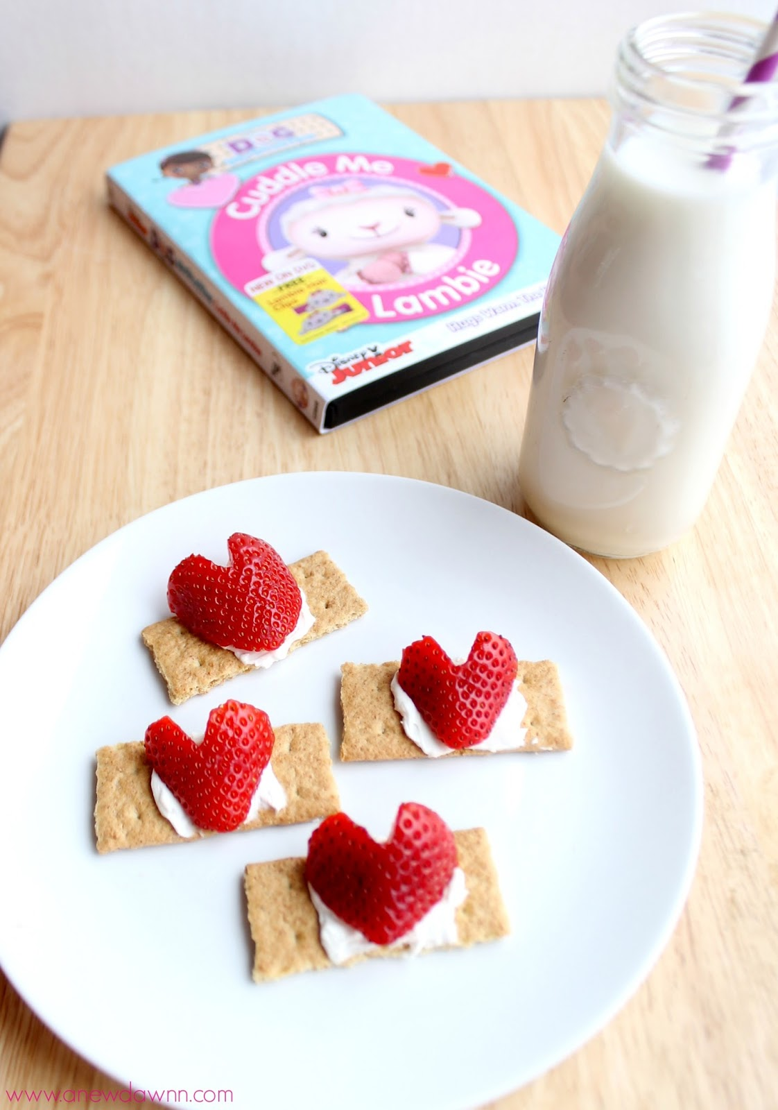 Doc McStuffins Snack Idea Cuddle Me Lambie,