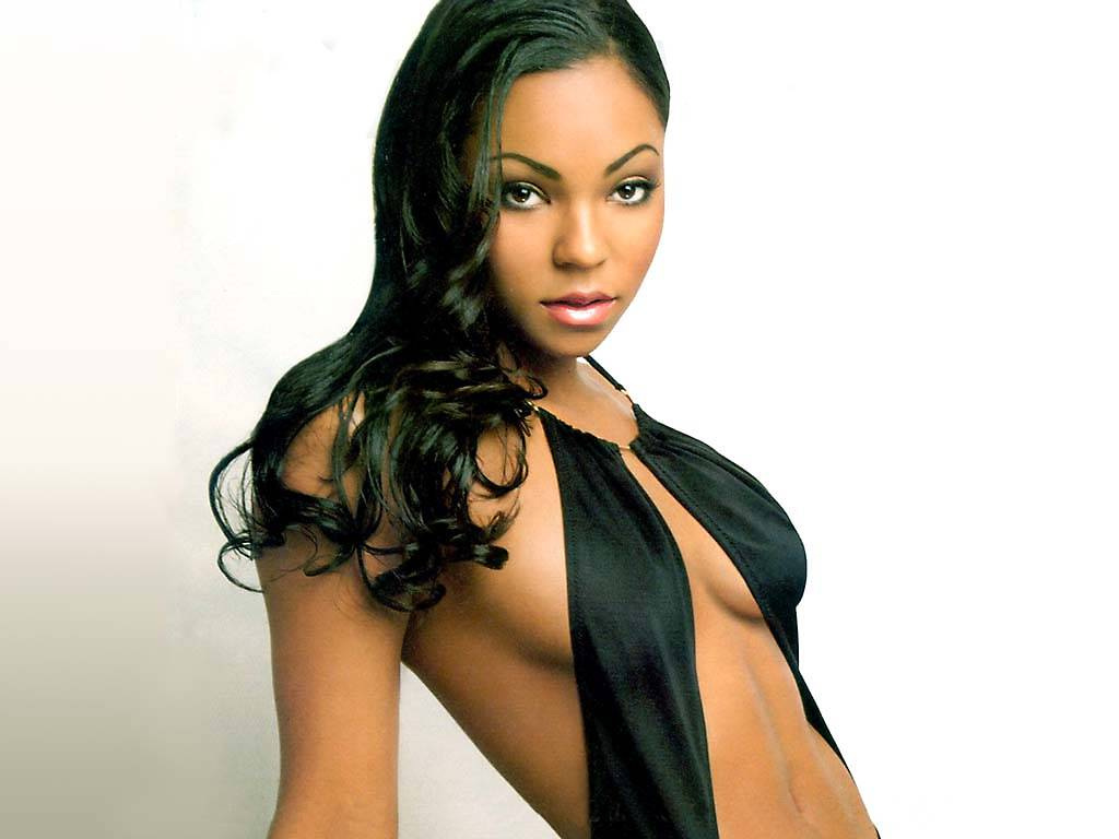 Ashanti Hot http://woodygals.blogspot.com/2011/09/hollywood-actress-ashanti-douglas-in.html