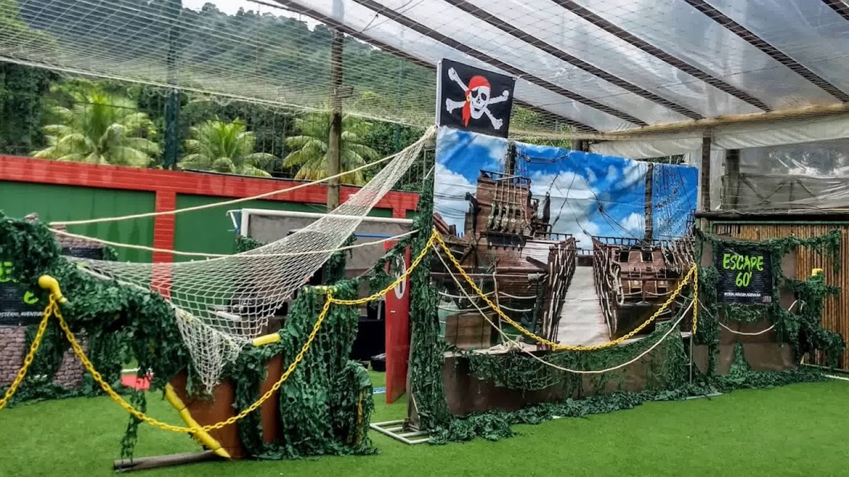 ESCAPE PIRATAS