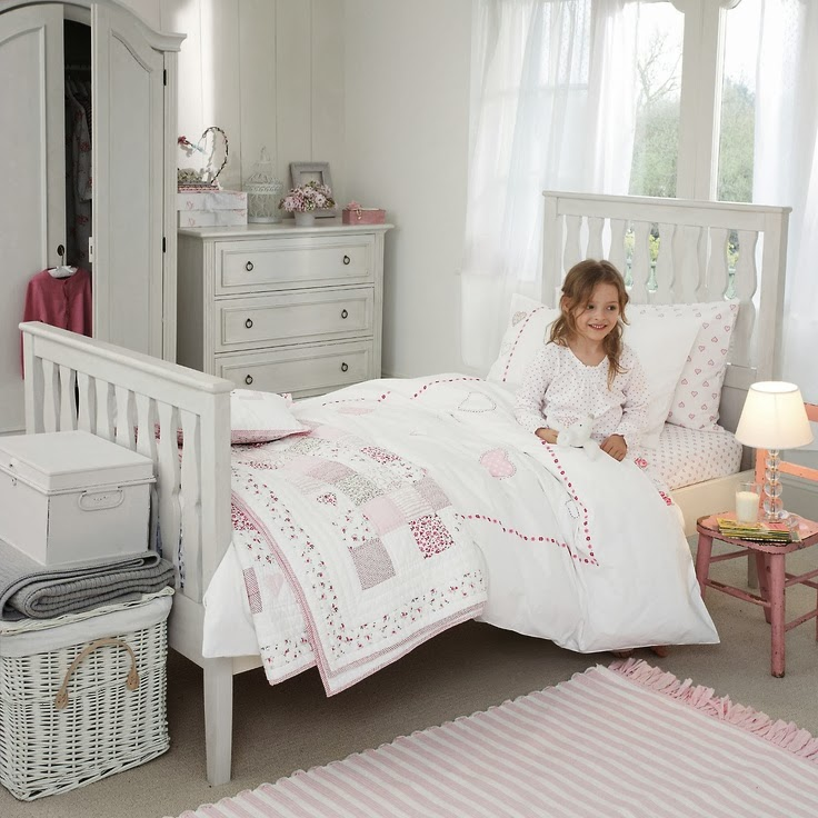 Kids bedroom furniture bedroom and bathroom ideas for Girls bedroom furniture white