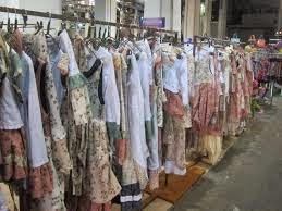 94b9551ad1 No tengo curro  Donde vender mi ropa usada