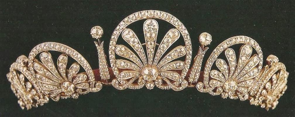 تيجان ملكية  امبراطورية فاخرة Kinsky