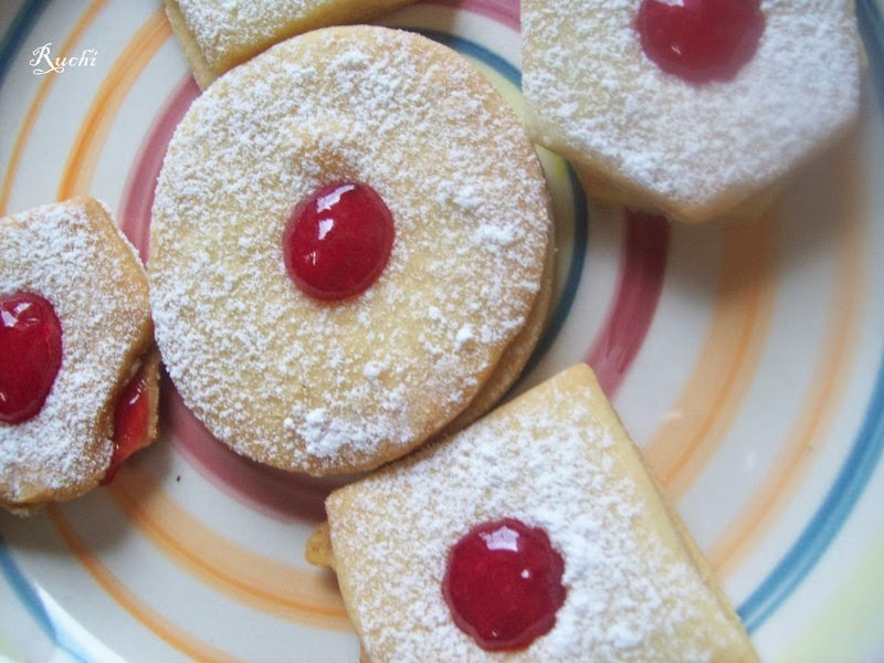 Mixed Berries Sorbet With Vanilla Shortbread Cookies Recipes ...