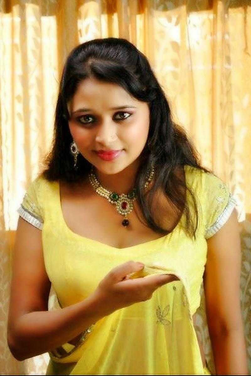desi bhabhi in bra