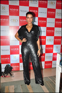 Bollywood Actress Neha Dhupia Pictures at 9th Retail Jeweller India Awards 2013 0006