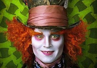 http://www.loacenter.com/trucco-make-up/crea-il-tuo-personaggio/alice-in-wonderland.html