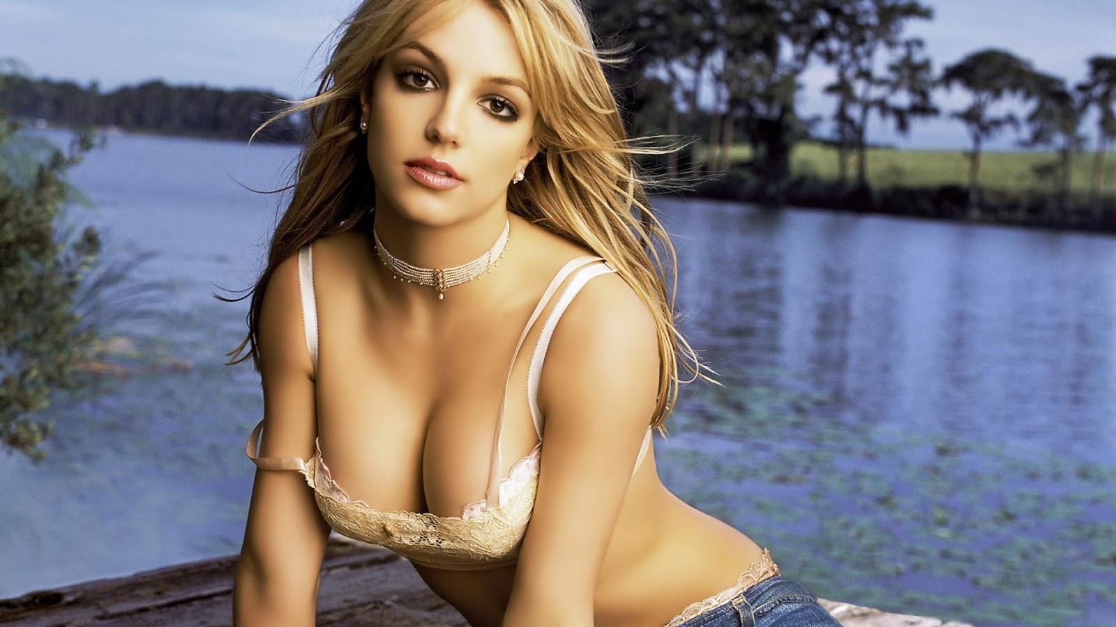 Super Hot Model Britney Spears HD Hot Wallpaper