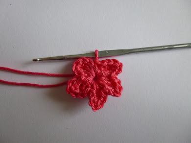Fotoanleitung einfache fünfblättrige Blüte