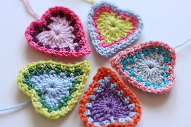 free crochet pattern boho hearts