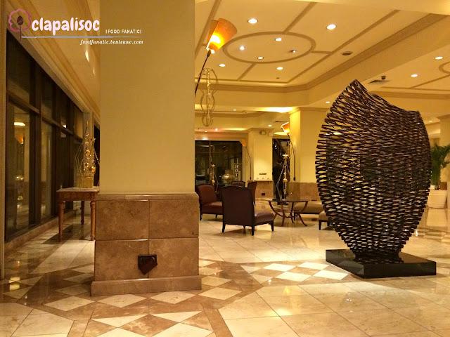 Intercontinental Hotel Manila Lobby
