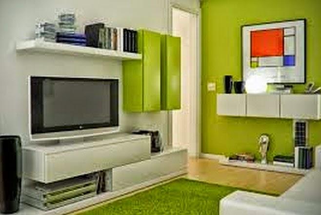 Desain Ruang Keluarga Warna Hijau & Putih