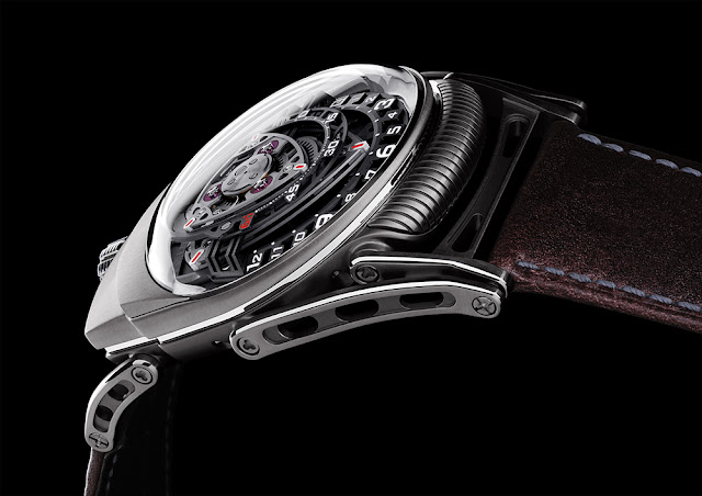 ZR012 lateral black Audemars Piguet Royal Oak Concept GMT Tourbillon [SIHH 2014]