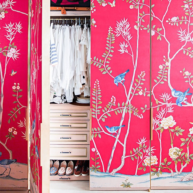 Papel pintado para vestir los armarios