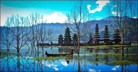 Tasik-Tamblian-Bali-Indonesia