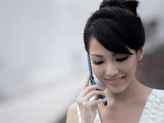 Tips Mengurangi Efek Radiasi Ponsel